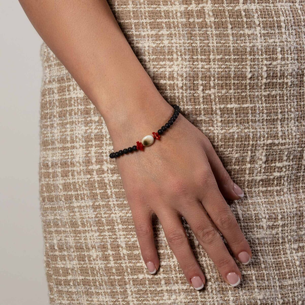 pietra lavica bracelet with coral, silver and seashell