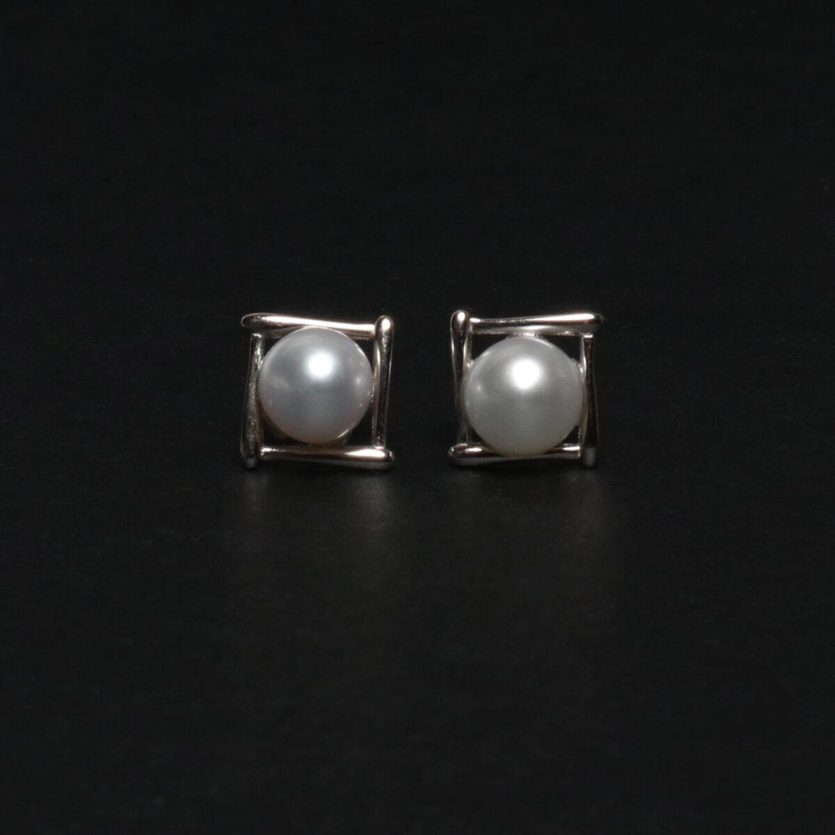 orecchini di perle coltivate e argento