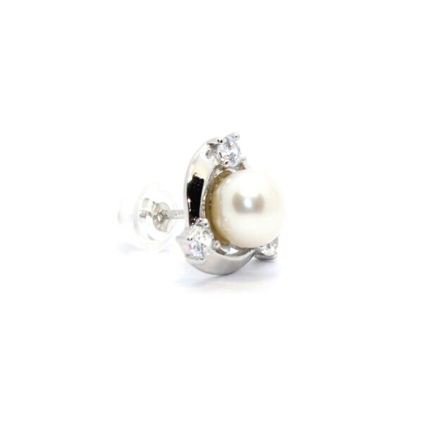 essence earrings in silver and cultured pearl