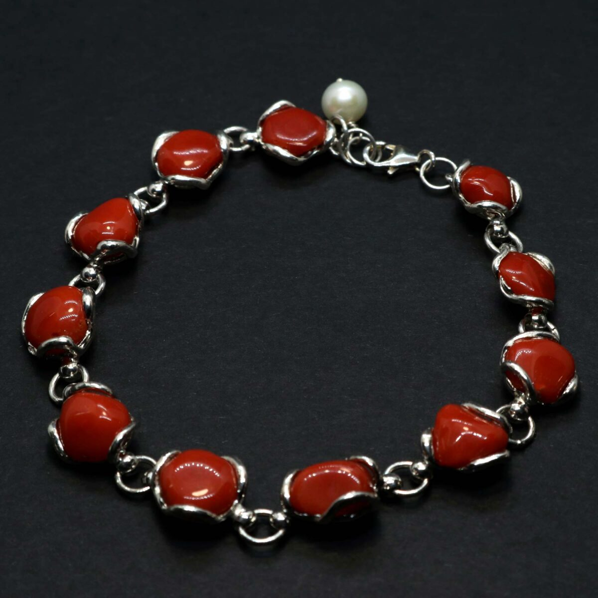 Venere Bracelet in silver with Mediterranean coral and pearl